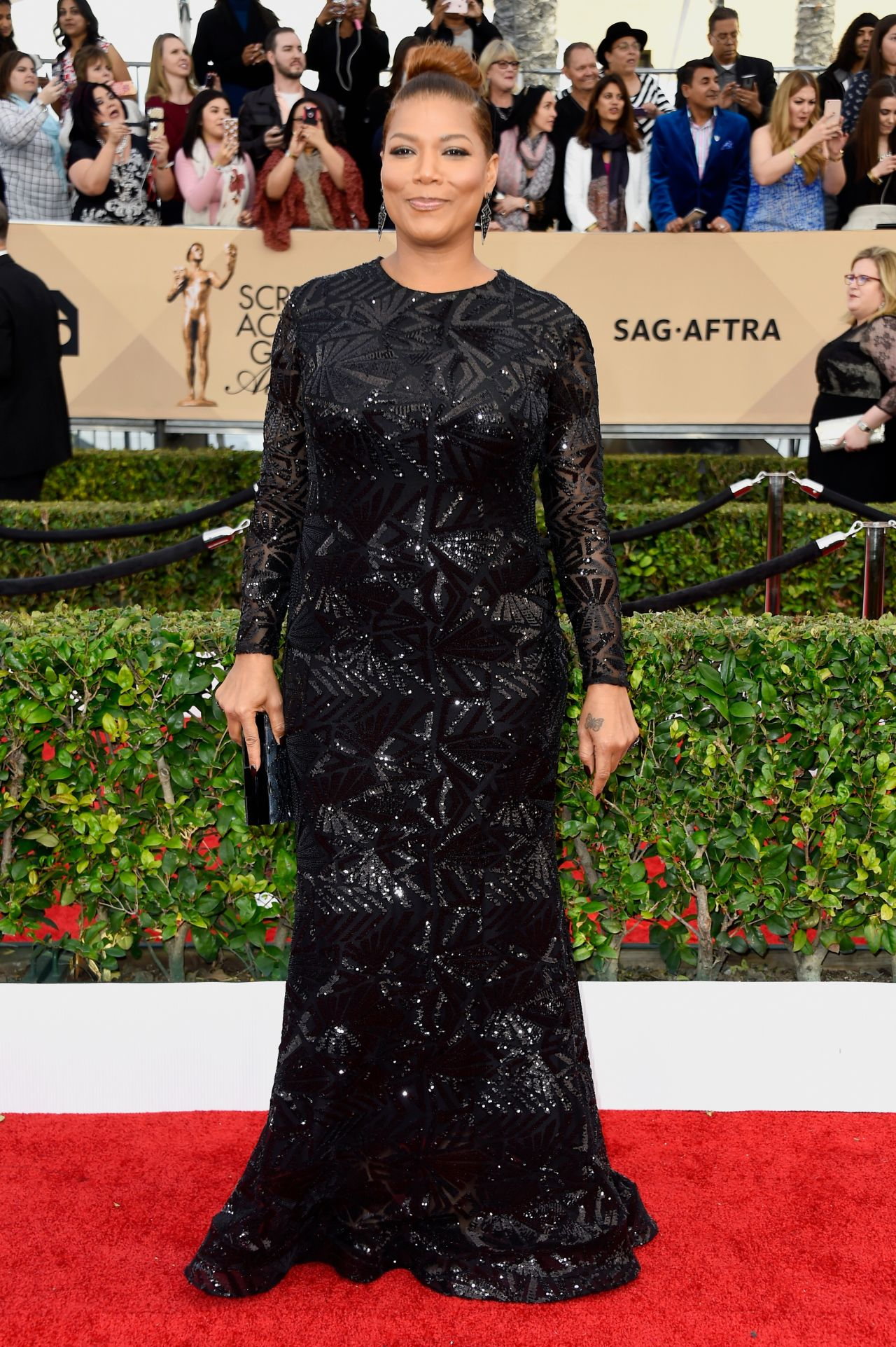 queen-latifah-sag-awards-2016-at-shrine-auditorium-in-los-angeles-1