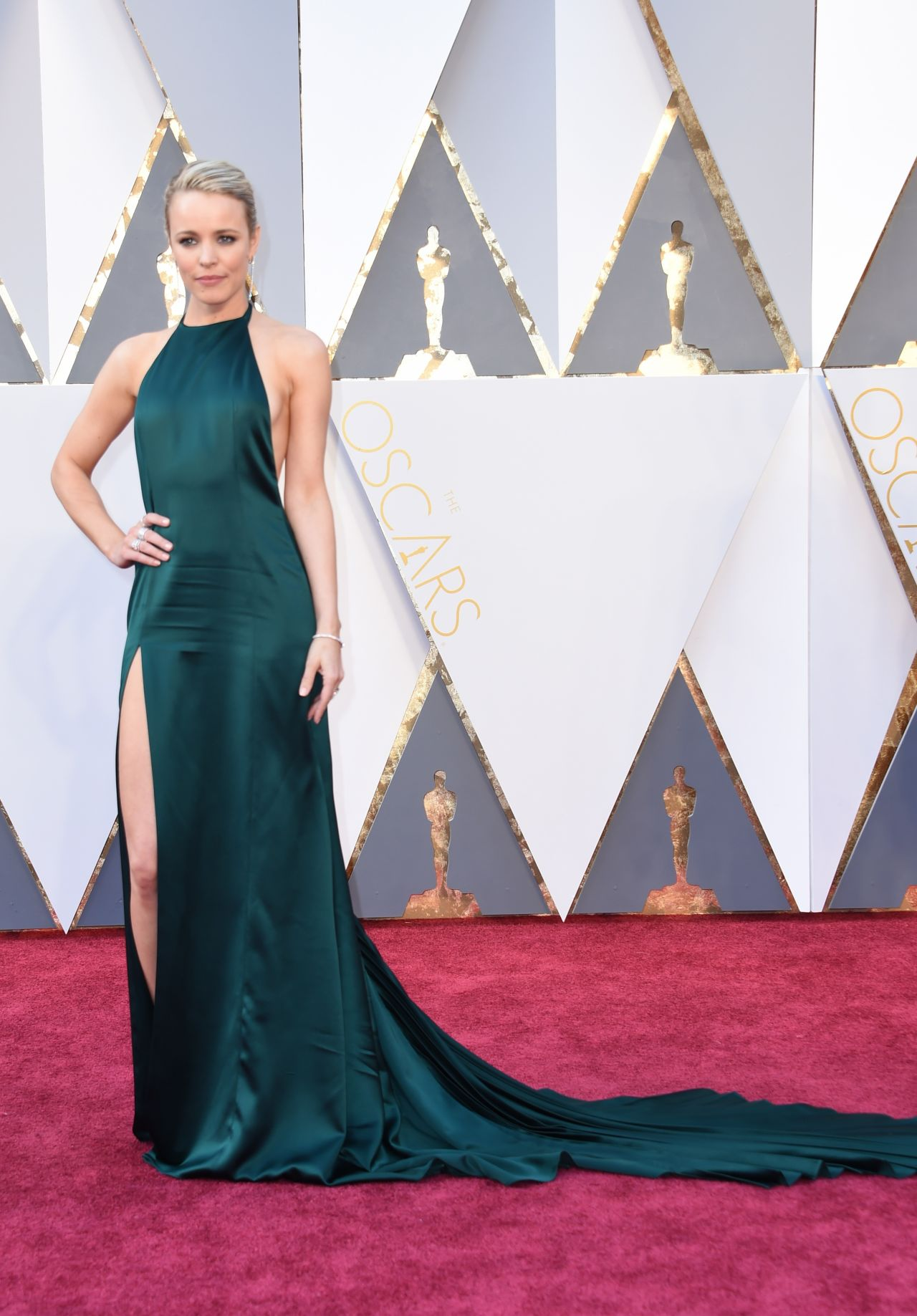 rachel-mcadams-oscars-2016-in-hollywood-ca-2-28-2016-2