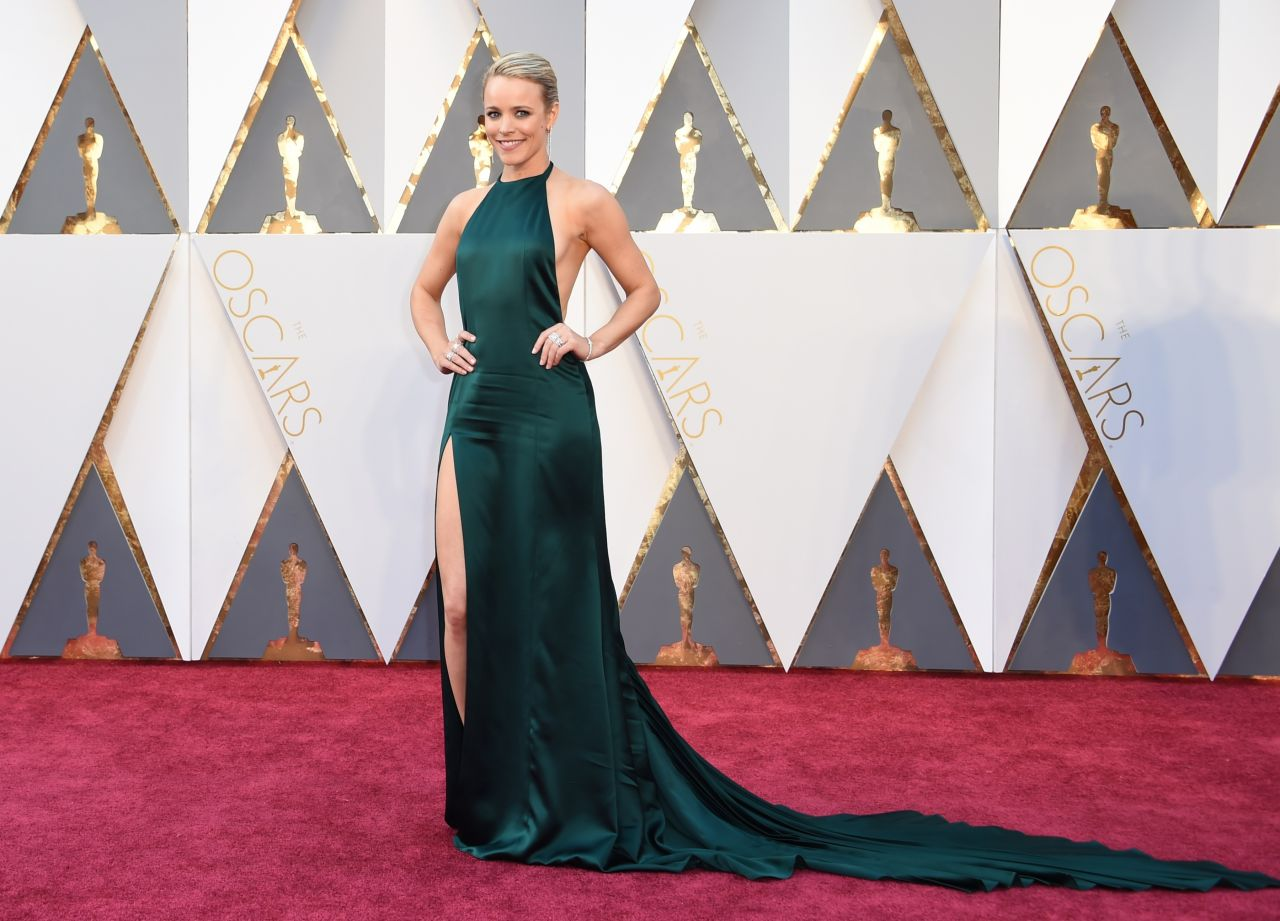 rachel-mcadams-oscars-2016-in-hollywood-ca-2-28-2016-7