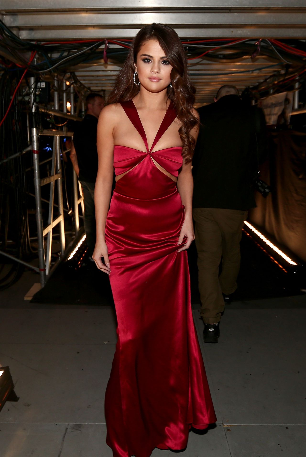 selena-gomez-grammy-awards-2016-staples-center-los-angeles-2-15-2016-1