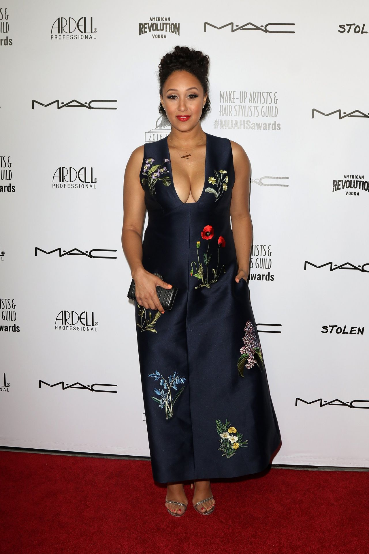 tamera-mowry-the-2016-make-up-artist-hair-stylist-guild-awards-in-los-angeles-6