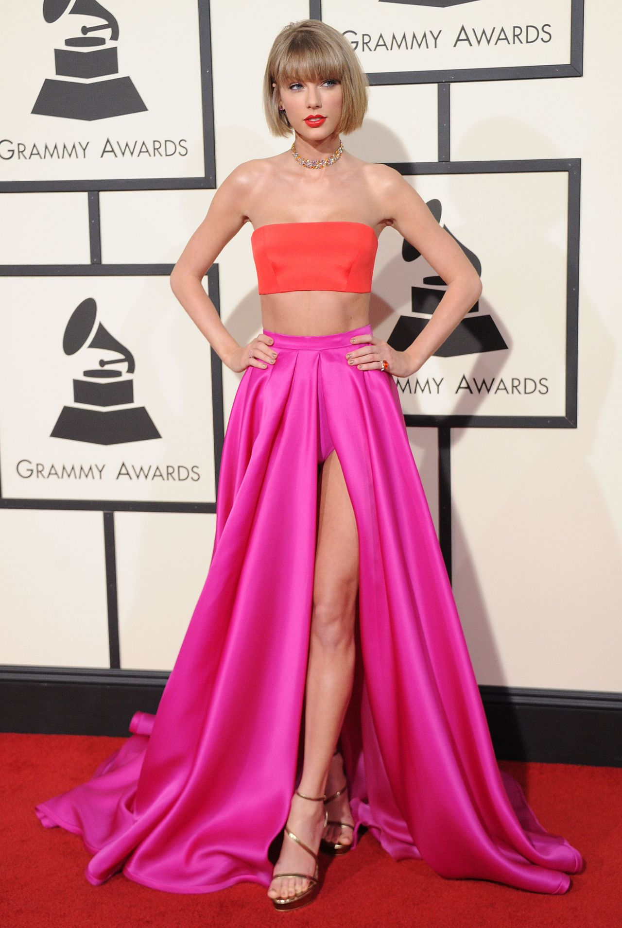 taylor-swift-2016-grammy-awards-in-los-angeles-ca-1