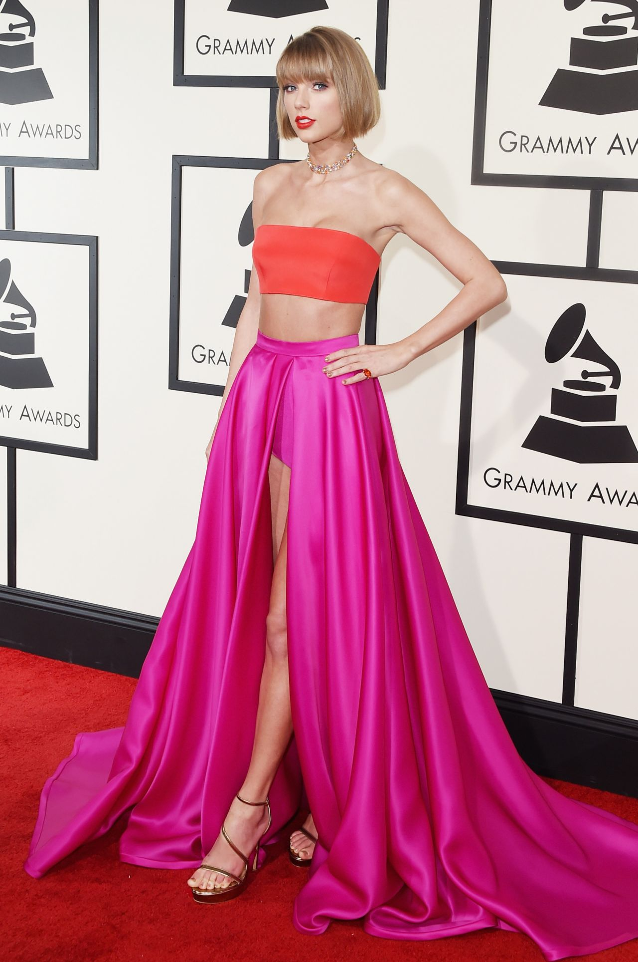 taylor-swift-2016-grammy-awards-in-los-angeles-ca-7