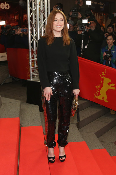 julianne-moore-at-the-maggies-plan-66th-berlin-film-festival-photocall-premiere