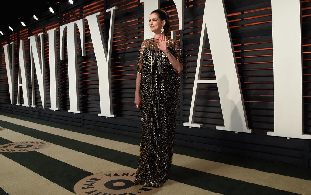 Anne-Hathaway-Vanity-Fair-Oscars-Party-2016-1