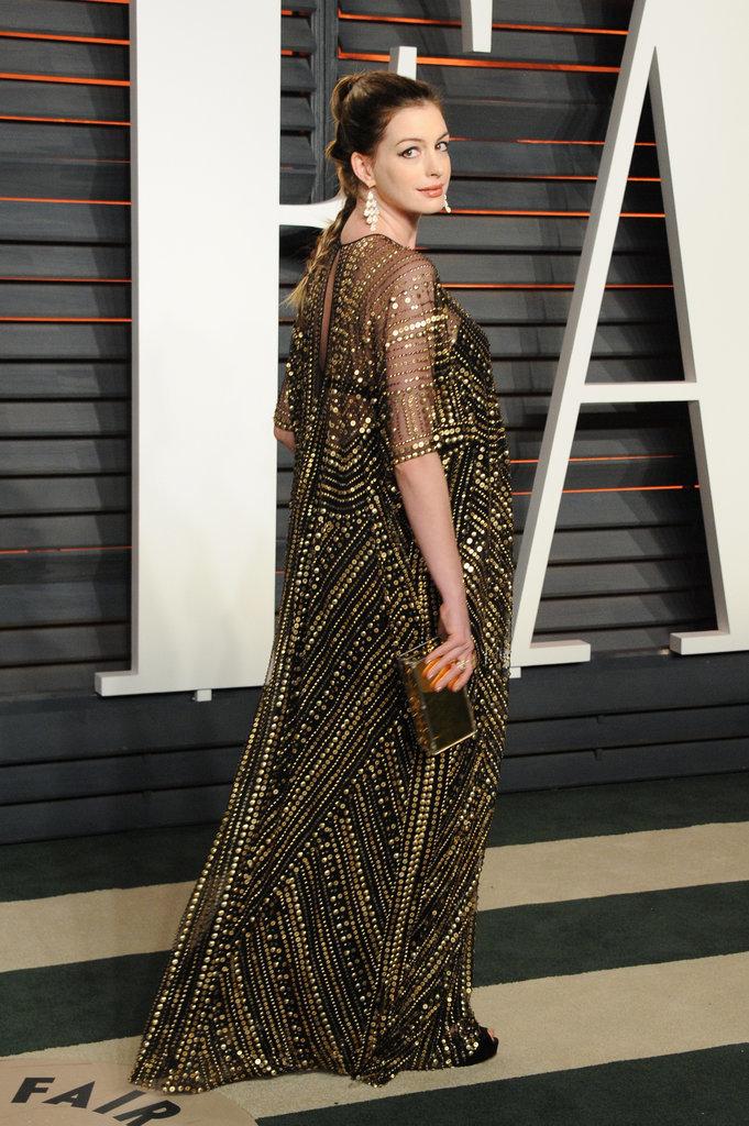 Anne-Hathaway-Vanity-Fair-Oscars-Party-2016
