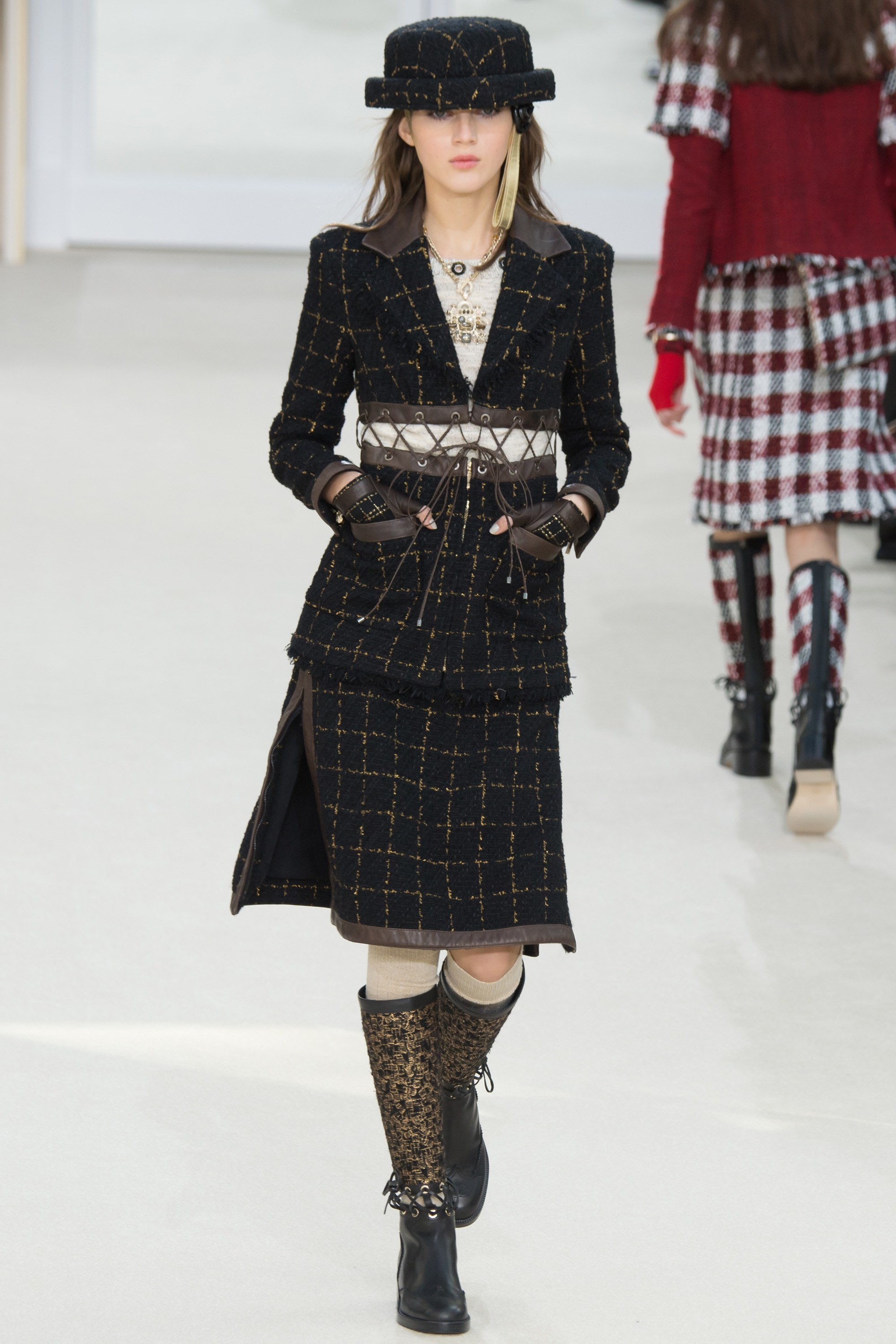 chanel-fall-2016-ready-to-wear