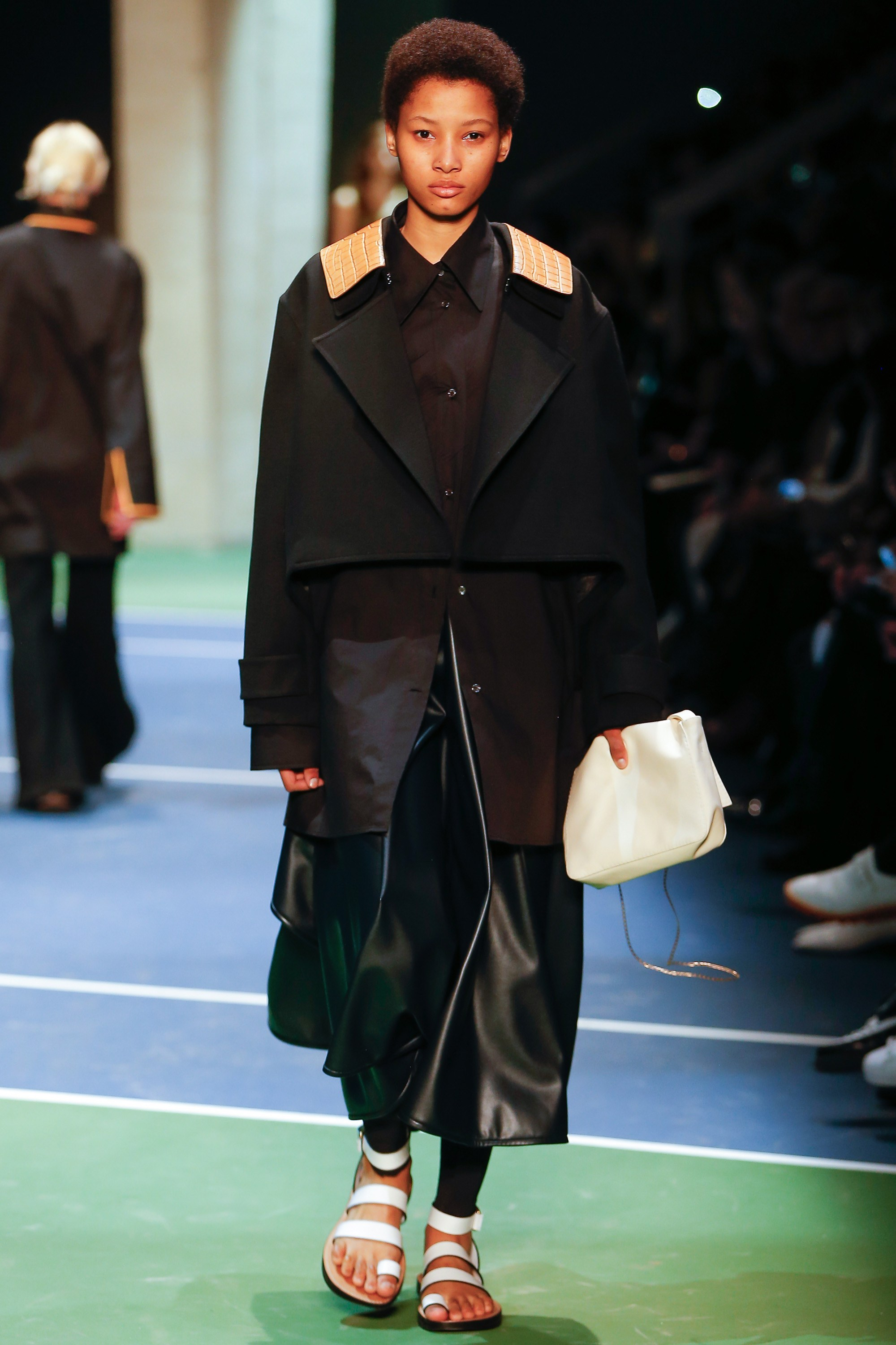 celine-fall-2016-ready-to-wear