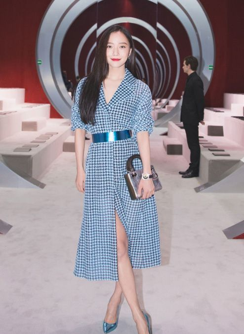 Wang-Luo-Dan-Christian-Dior-Fashion-Week-Dress