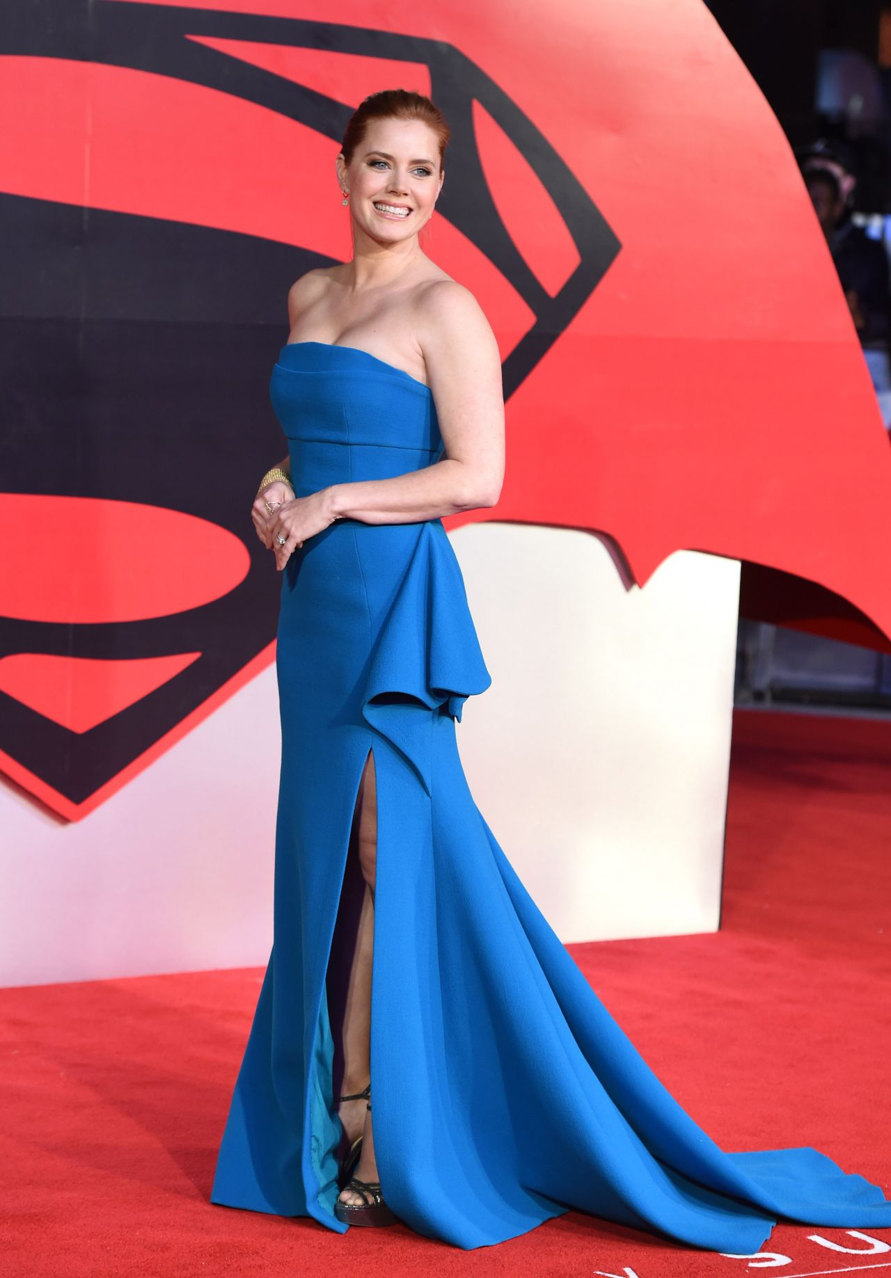 amy-adams-batman-v-superman-dawn-of-justice-premiere-in-london-uk-3-22-2016-6-1