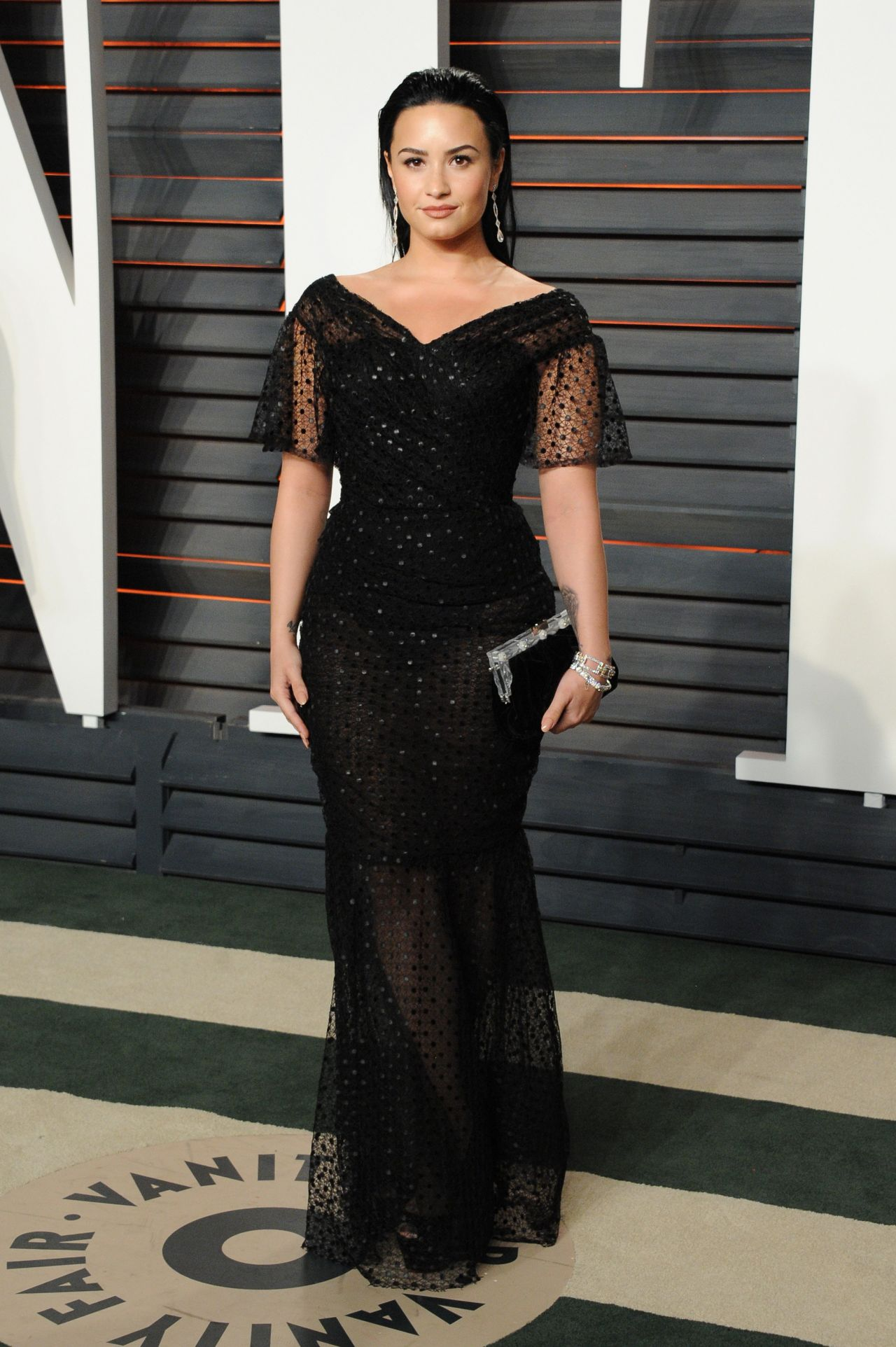 demi-lovato-2016-vanity-fair-oscar-party-in-beverly-hills-ca-14