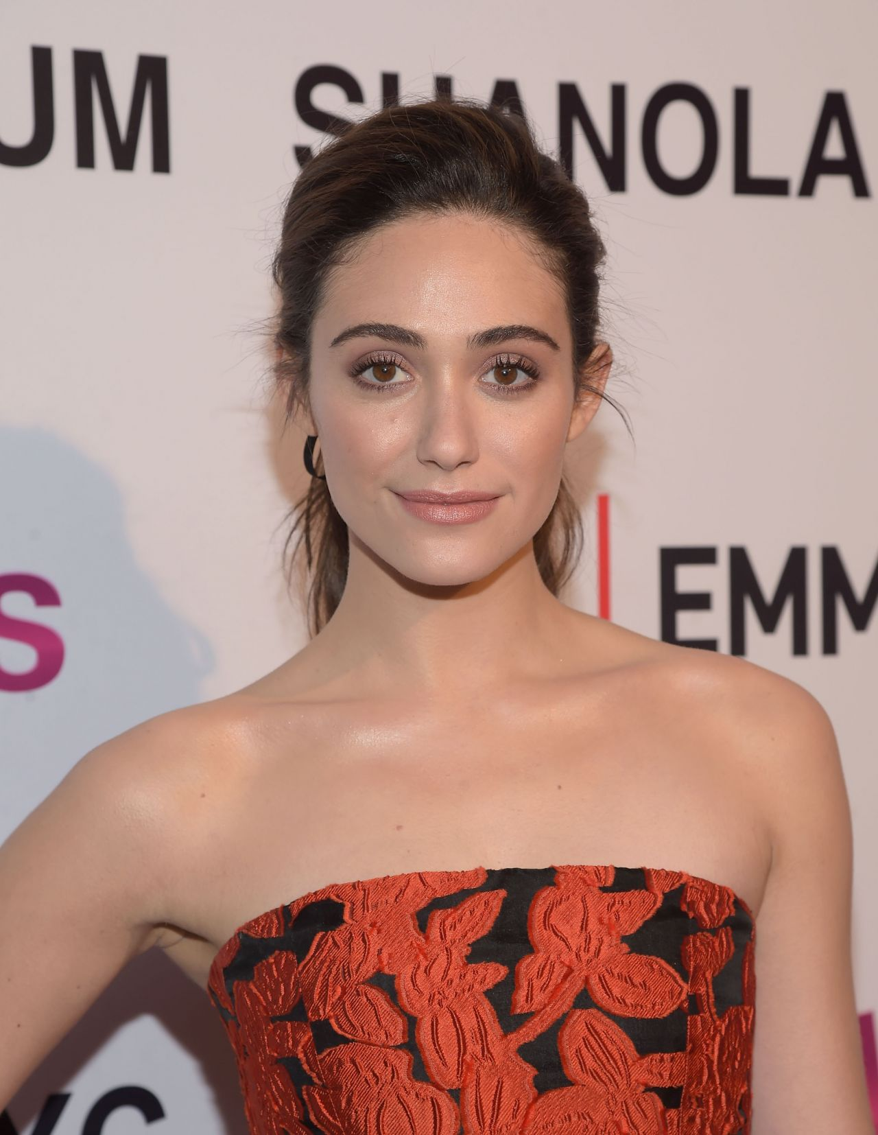 emmy-rossum-screening-and-panel-discussion-with-the-women-of-shameless-in-west-hollywood-2