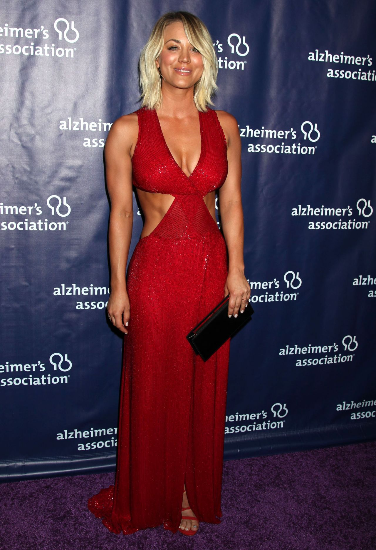 kaley-cuoco-2016-alzheimer-s-association-a-night-at-sardi-s-in-beverly-hills-14