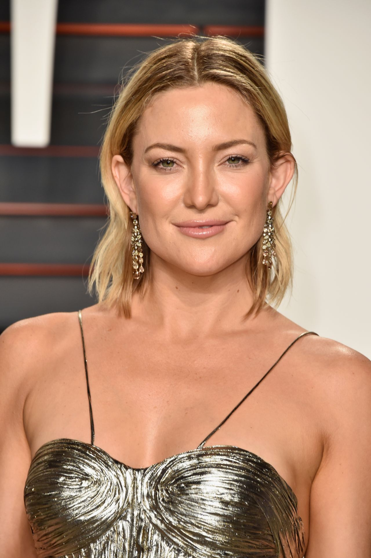 kate-hudson-vanity-fair-oscar-2016-party-in-beverly-hills-ca-2