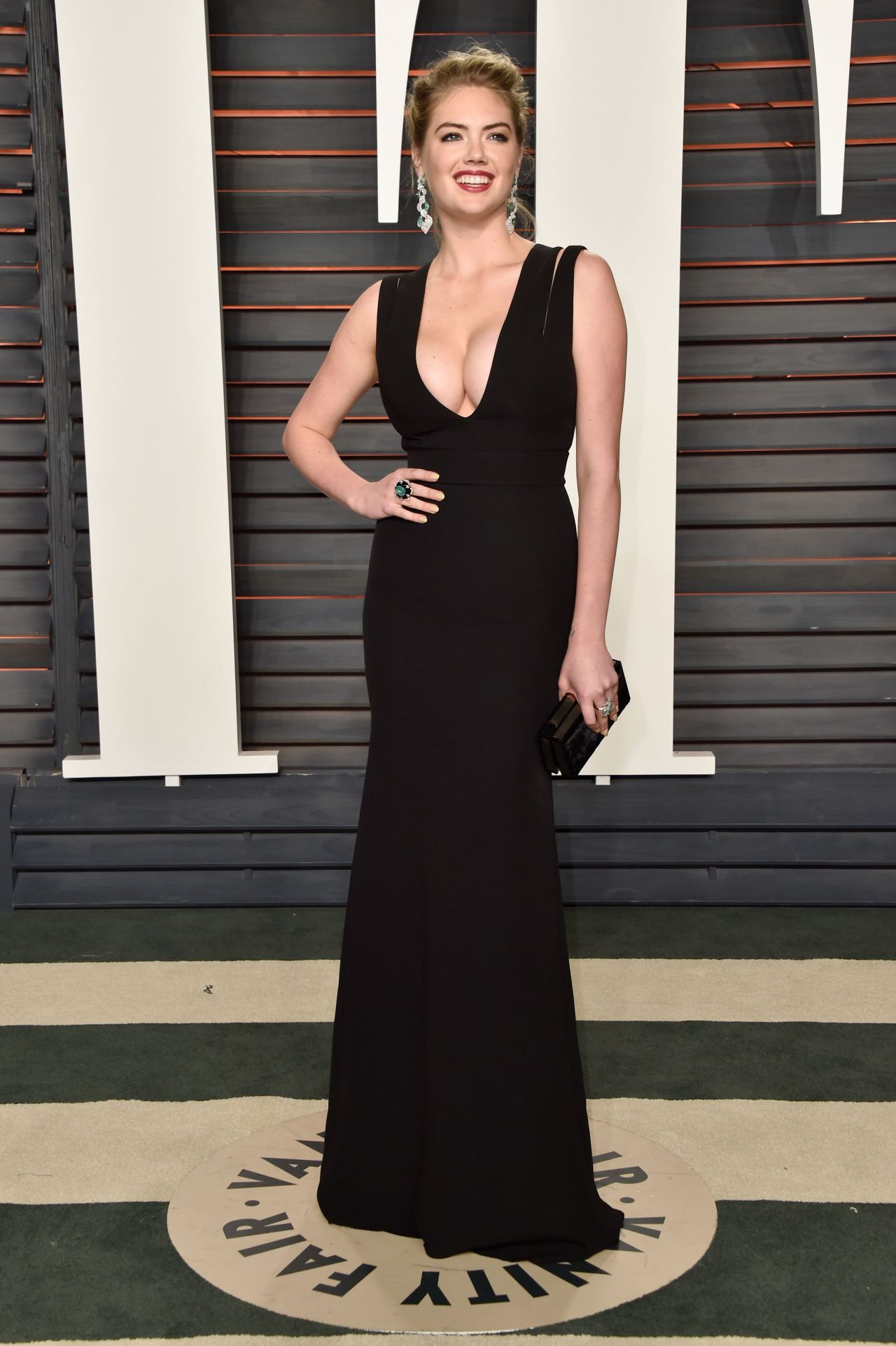 kate-upton-vanity-fair-oscar-2016-party-in-beverly-hills-ca-10