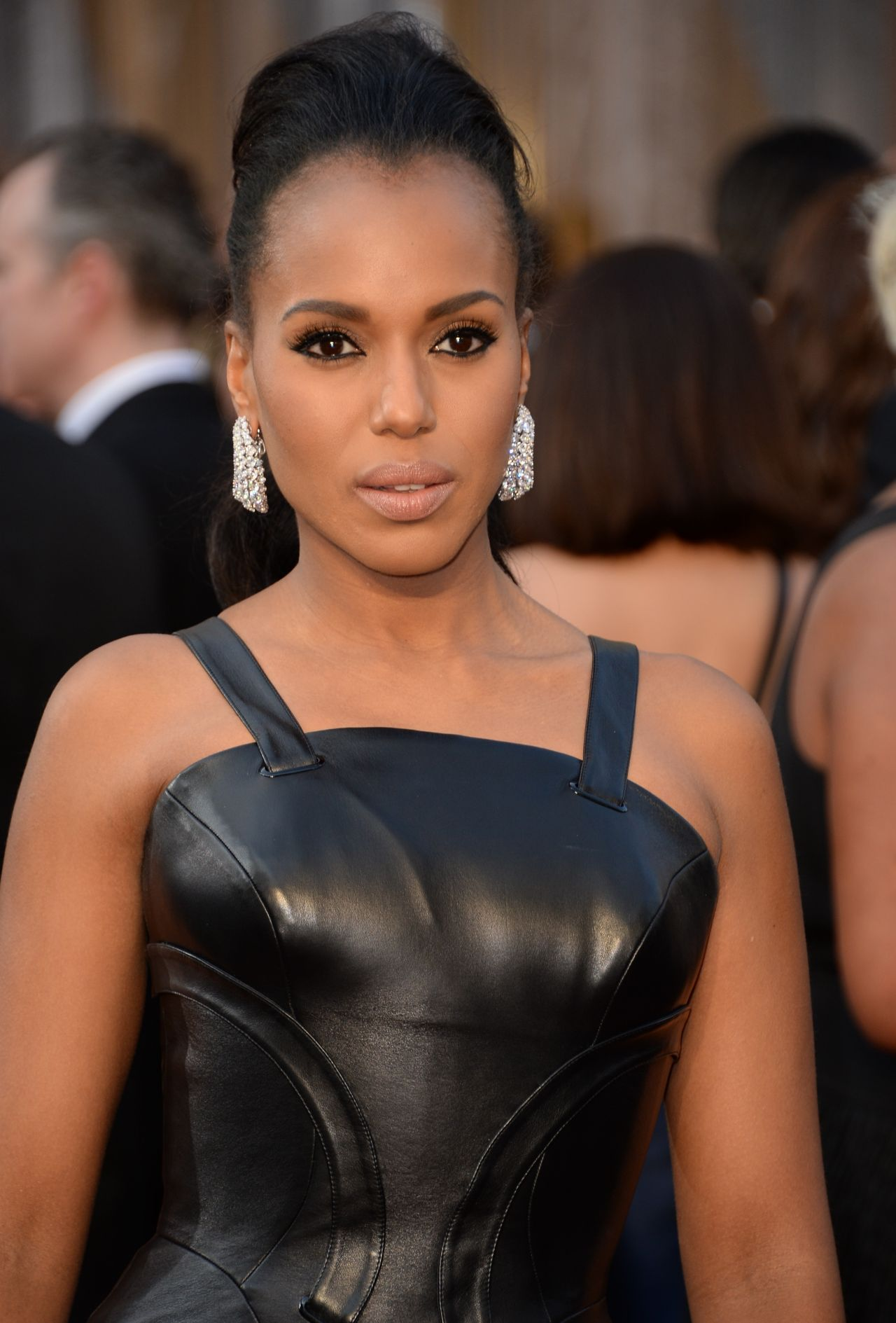 kerry-washington-oscars-2016-in-hollywood-ca-2-28-2016-3