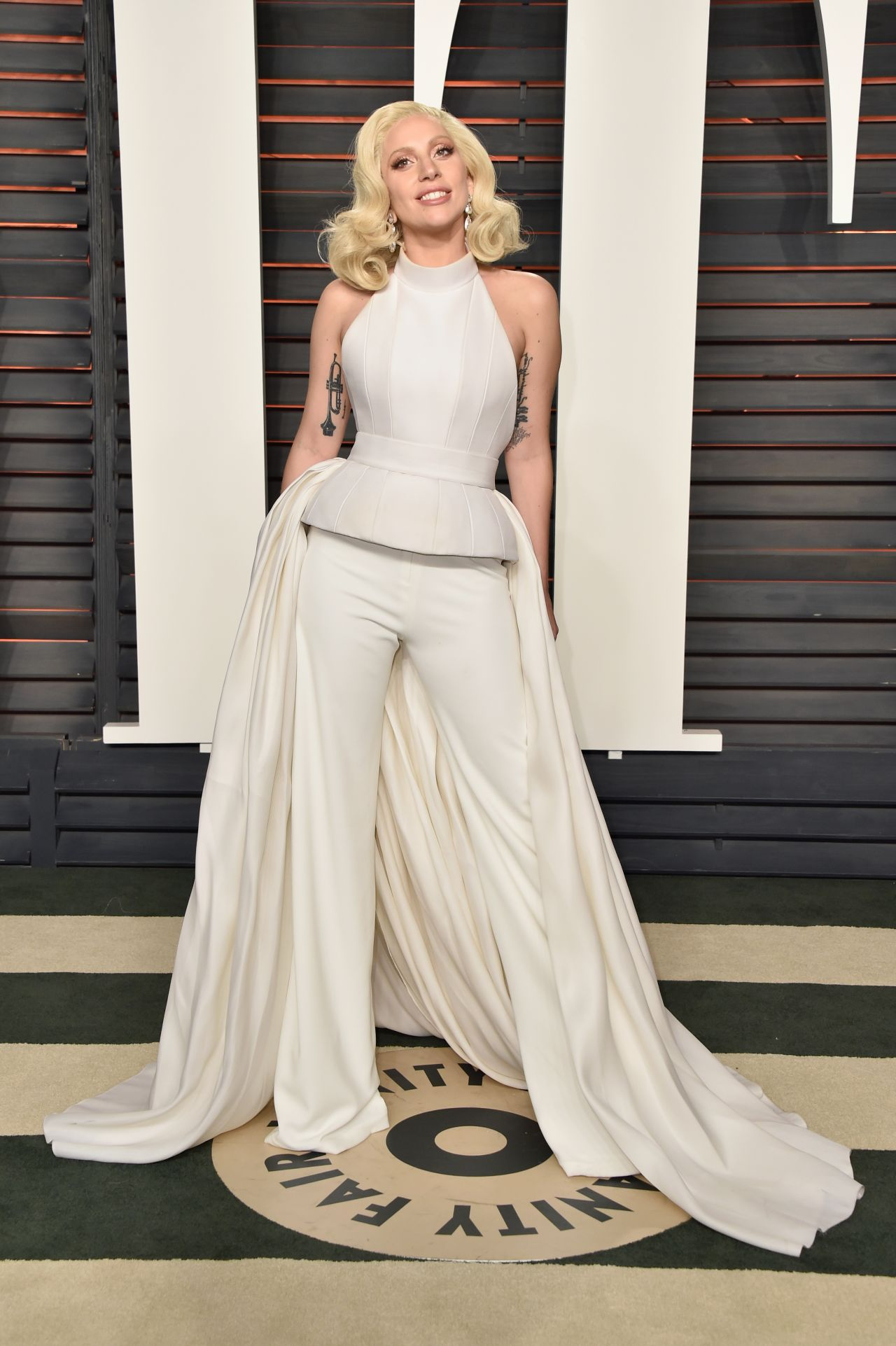 lady-gaga-2016-vanity-fair-oscar-party-in-beverly-hills-ca-1