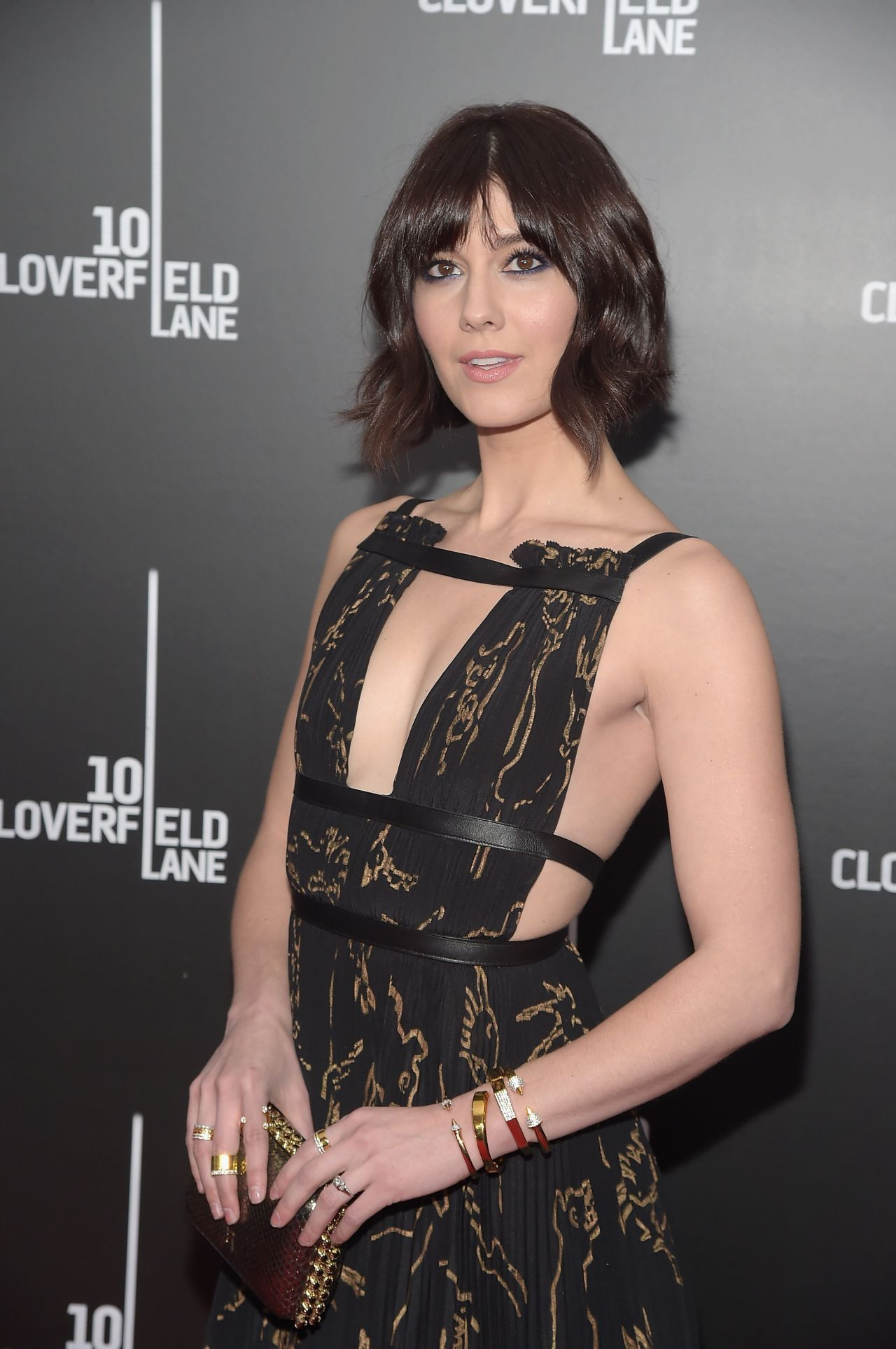 mary-elizabeth-winstead-10-cloverfield-lane-premiere-<img src=