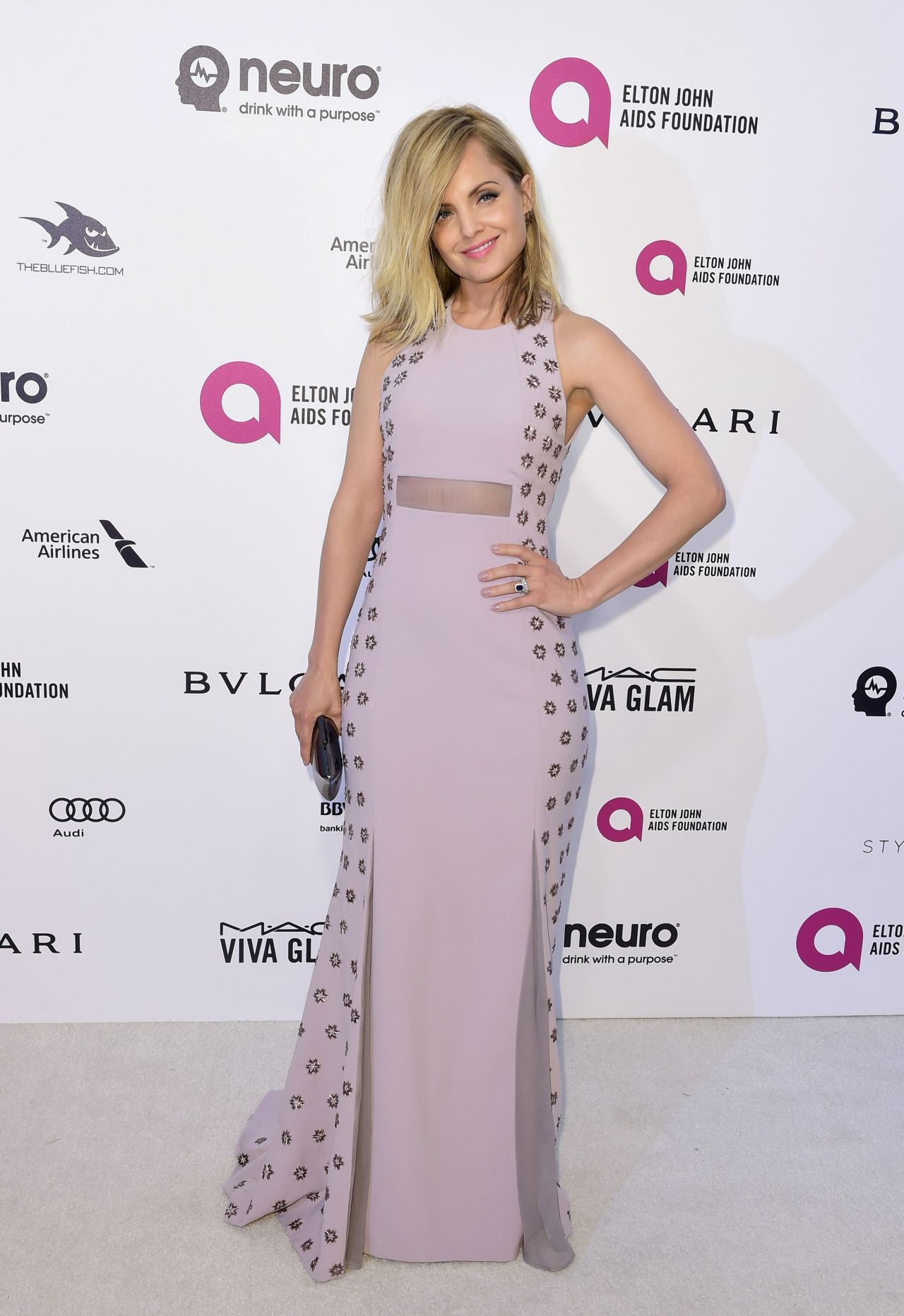 mena-suvari-elton-john-aids-foundation-academy-awards-2016-viewing-party-in-west-hollywood-ca-1