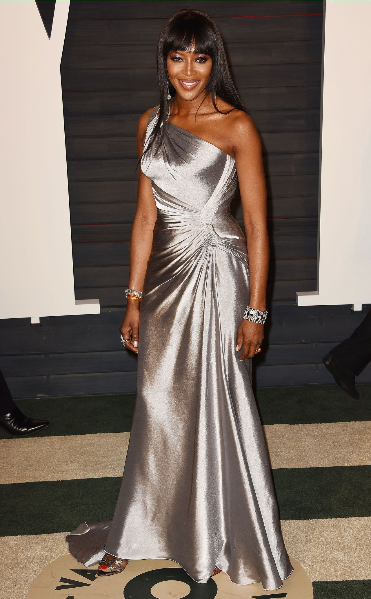 naomi-campbell-2016-vanity-fair-oscar-party-in-beverly-hills-ca-7