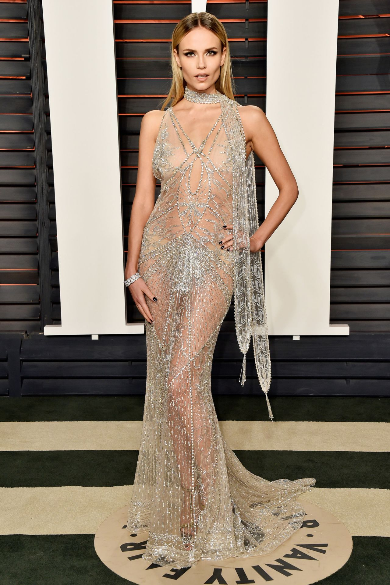 natasha-poly-2016-vanity-fair-oscar-party-in-beverly-hills-ca-1