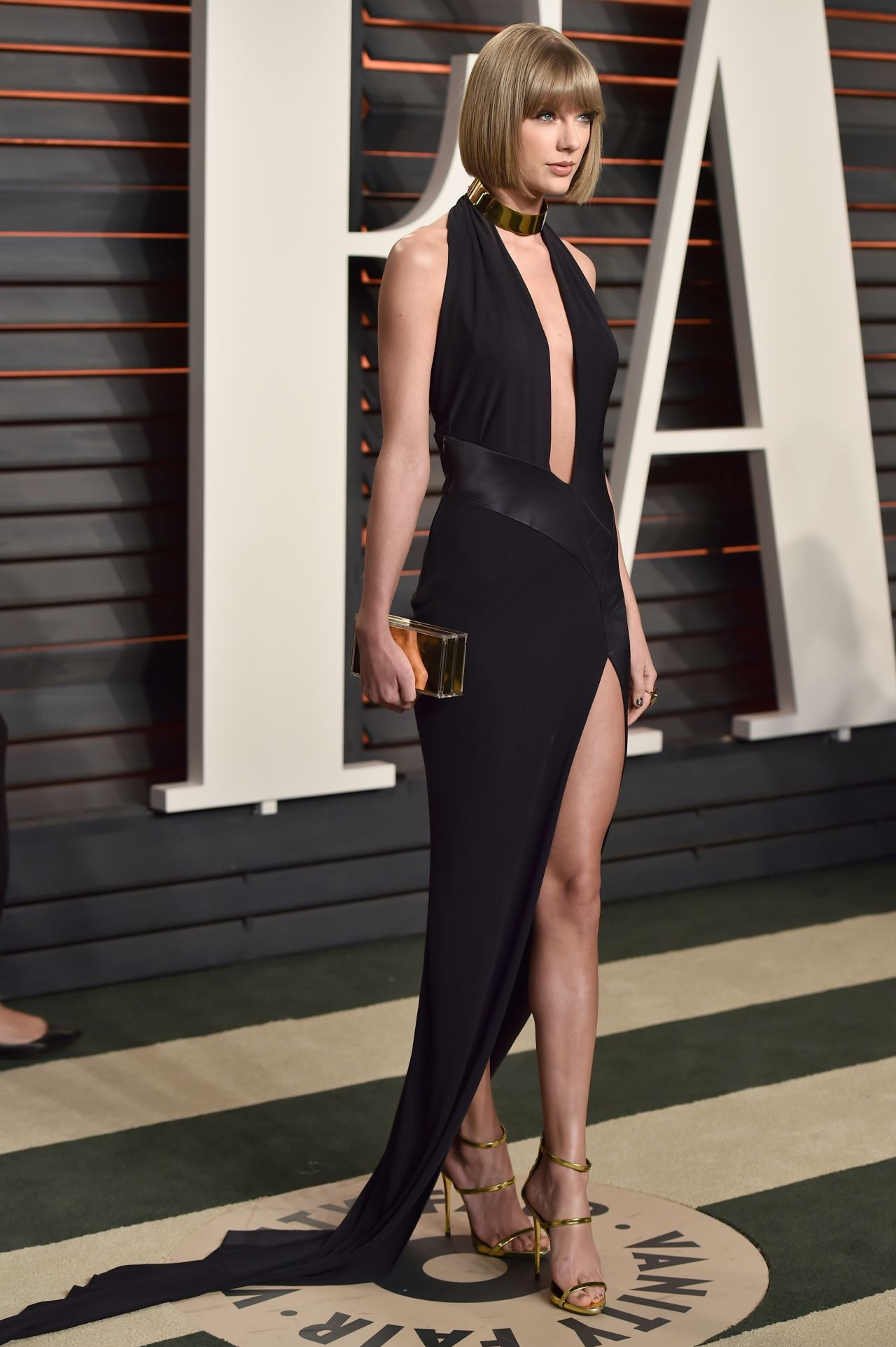 taylor-swift-vanity-fair-oscar-2016-party-in-beverly-hills-ca-2