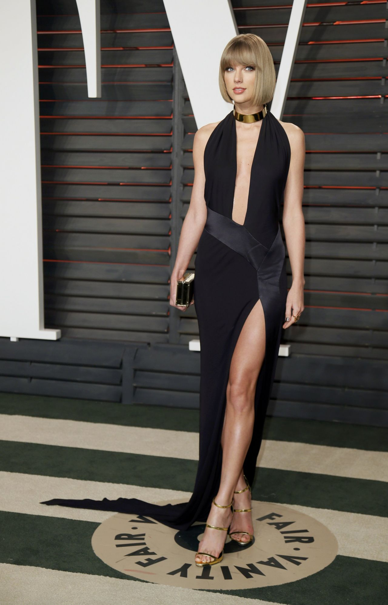 taylor-swift-vanity-fair-oscar-2016-party-in-beverly-hills-ca-4