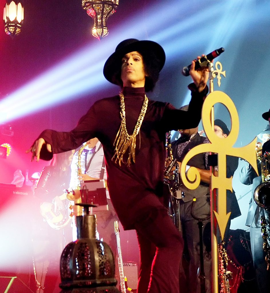 2014-march-prince-style-billboard-1000
