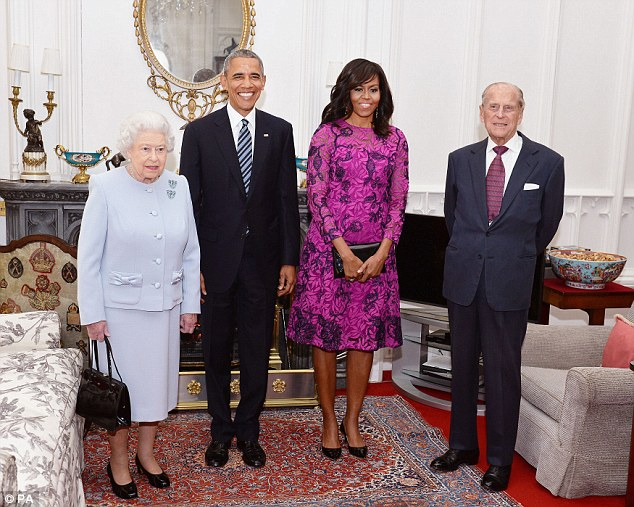 first-lady-michelle-obama-oscar-de-la-renta-windsor-castle
