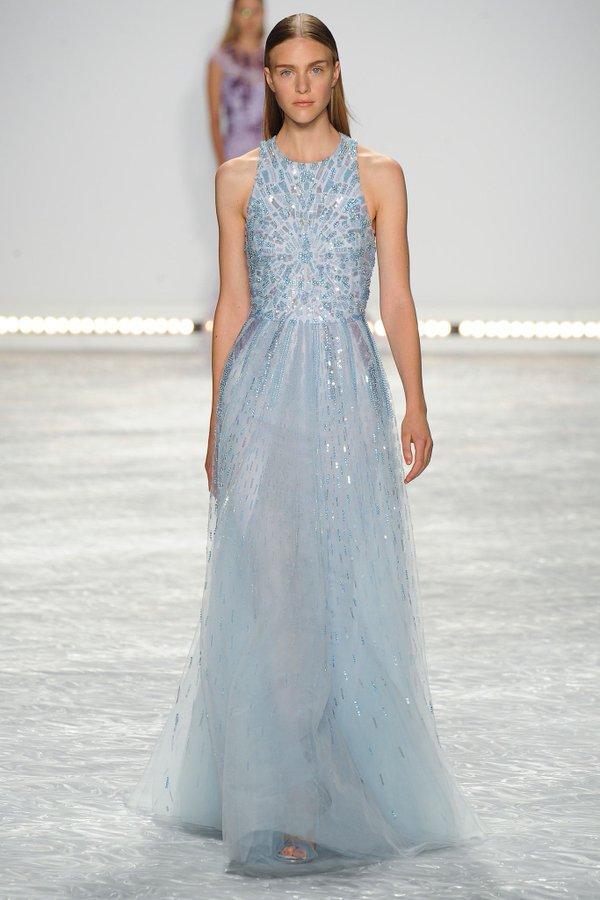 Carrie-Underwood-Monique-Lhuillier-Dress