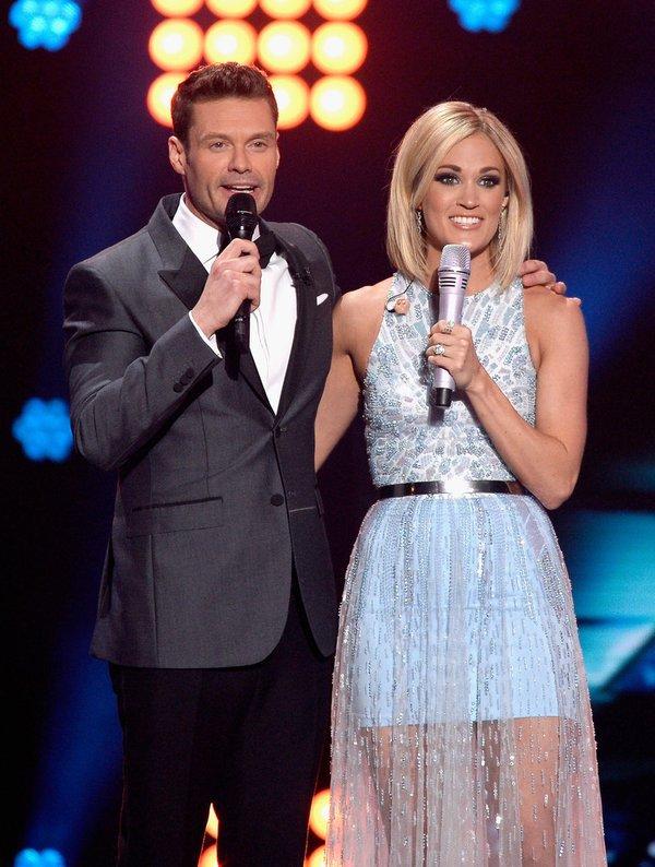 Carrie-Underwood-Monique-Lhuillier-Gown