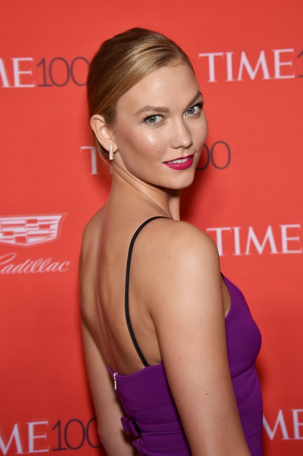 karlie-kloss-in-victoria-beckham-2016-time-gala
