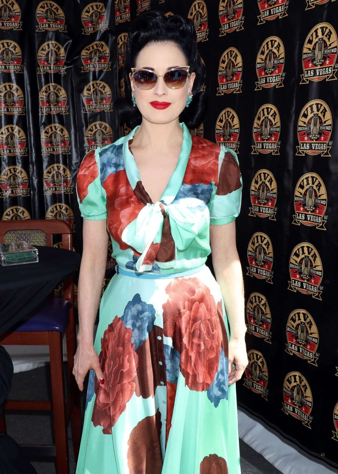 Dita-Von-Teese--Viva-Las-Vegas-Rockabilly-Weekend--06-662x929