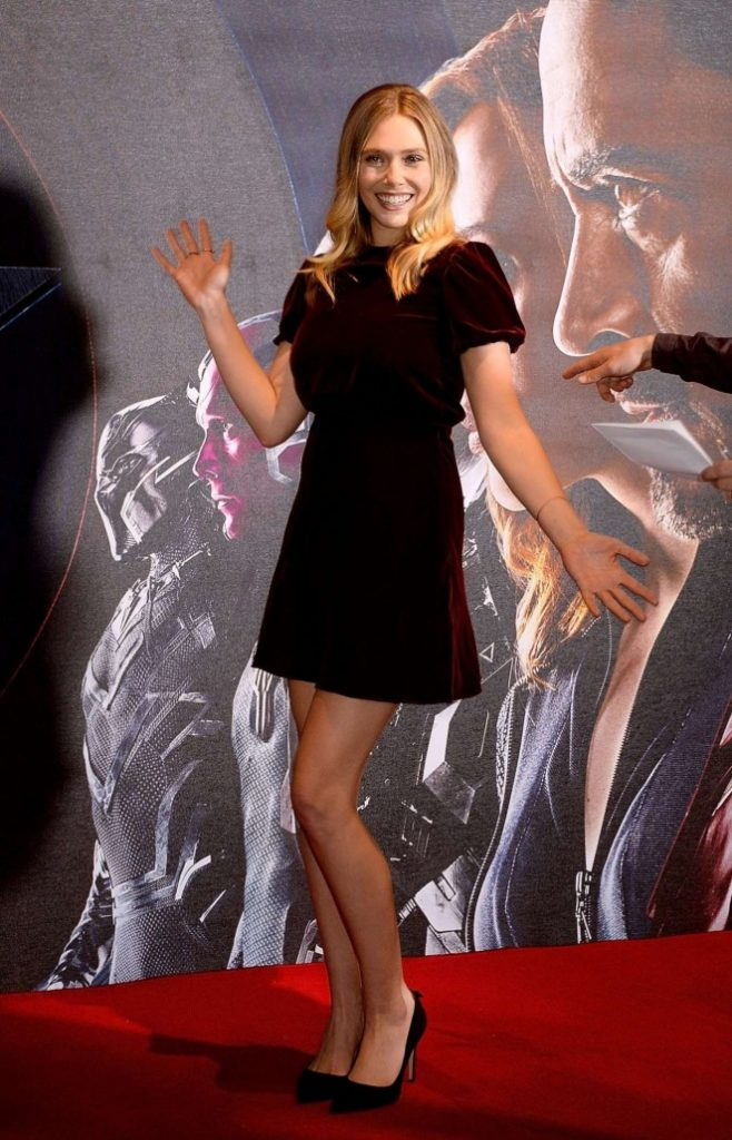 Elizabeth-Olsen--Captain-America-Civil-War-Photocall--09-662x1030