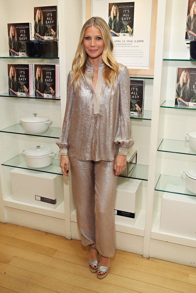 gwyneth-paltrow-in-tory-burch-its-all-easy-book-signing