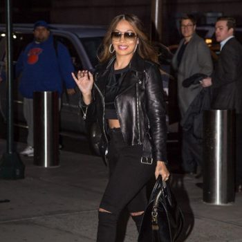 Lala-Anthony-rocked-an-all-black-rocker-chic-ensemble-on-her-way-to-Madison-Square-Garden-for-the-New-York-Knicks-vs.-Cleveland-Cavaliers-basketball-game.-900×1200