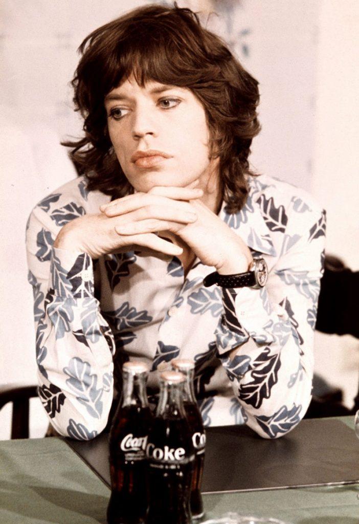 Mick-Jagger-1973-Michael-Putland-Amsterdam-e1458707606982-800x1167