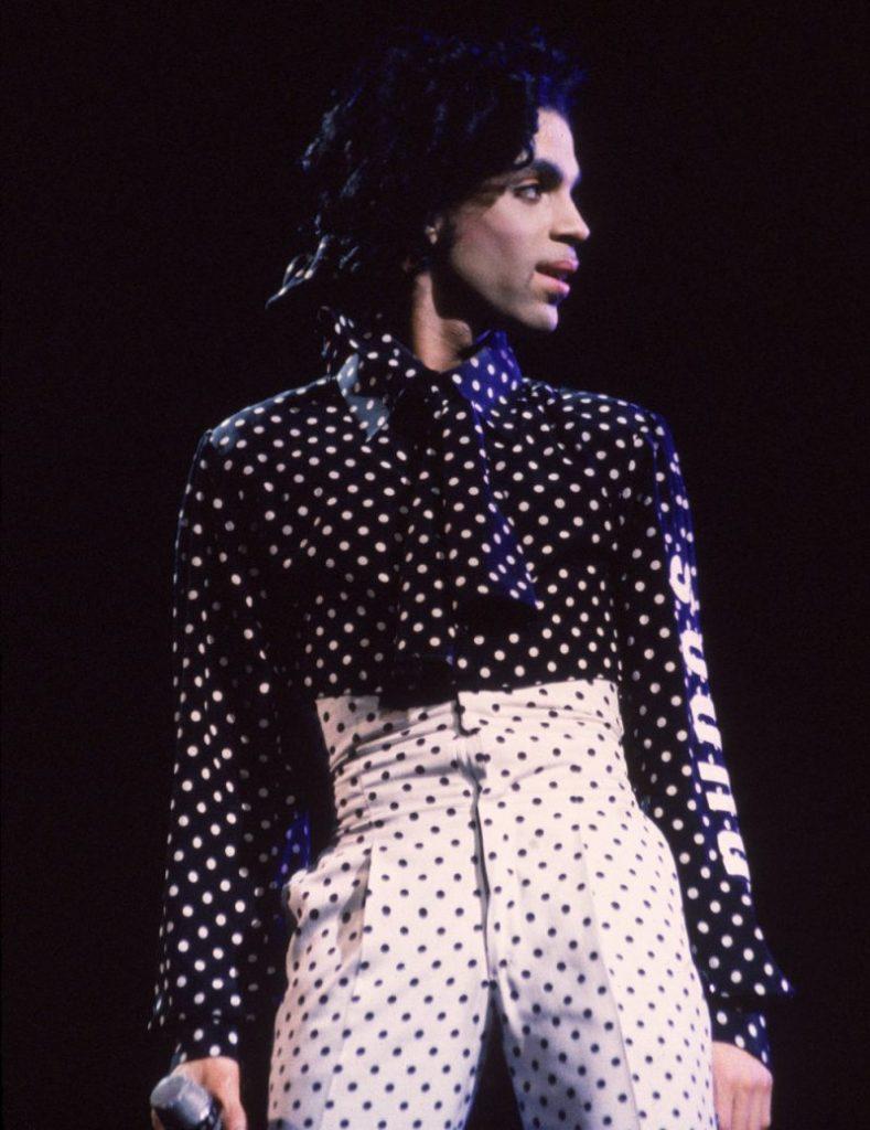 Prince-1988-Polka-Dot-Outfit-e1461276337759-800x1038
