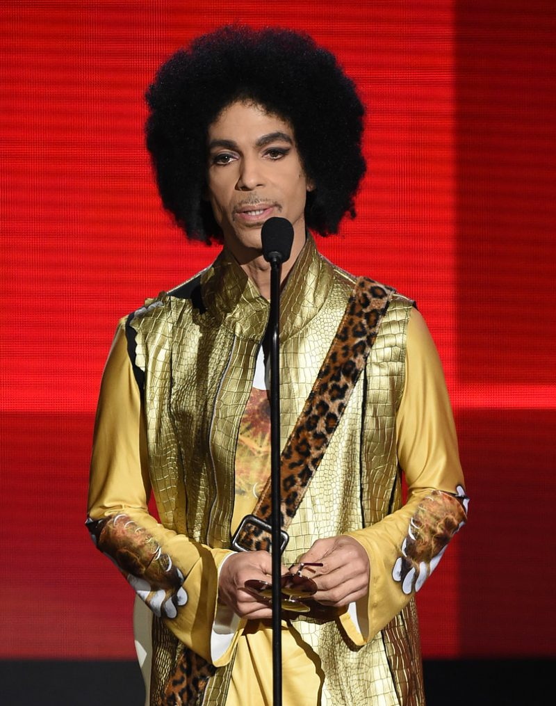 Prince-Gold-Style-Afro-2015-American-Music-Awards