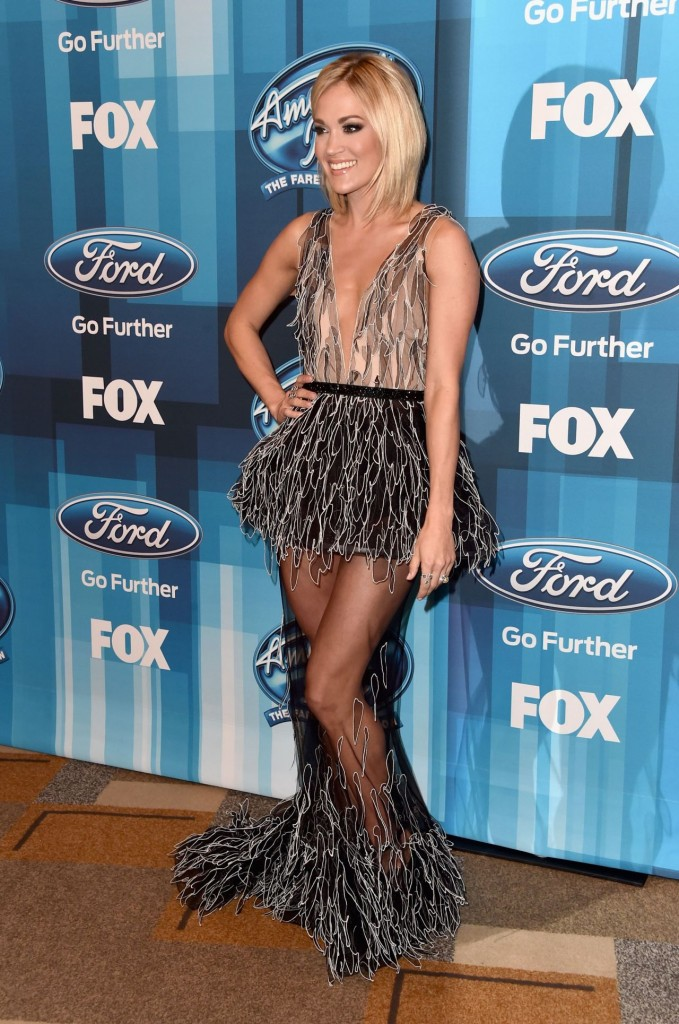 carrie-underwood-american-idol-finale-for-the-farewell-season-in-hollywood-april-2016-3
