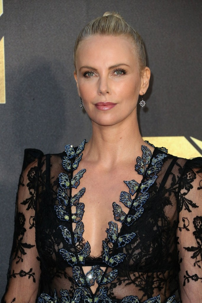 charlize-theron-2016-mtv-movie-awards-in-burbank-ca-1