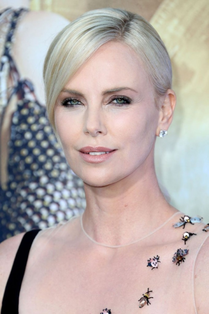 charlize-theron-red-carpet-photos-the-huntsman-winter-s-war-premiere-in-westwood-8