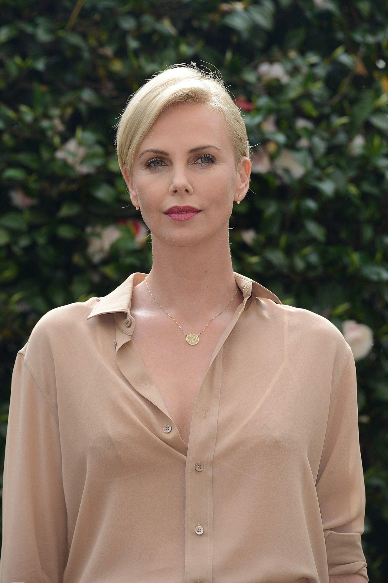Charlize Theron – 'The Huntsman and The Ice Queen ...