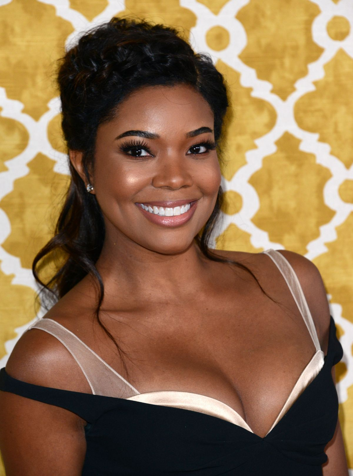 gabrielle-union-at-confirmation-premiere-at-paramount-studios-in-la_2