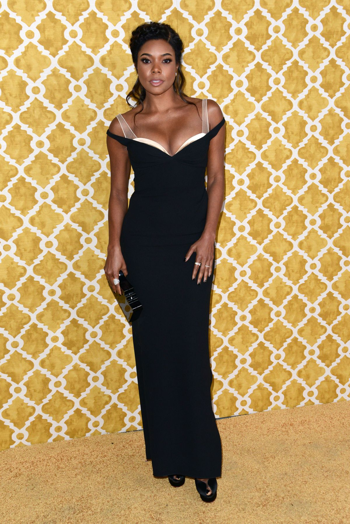 gabrielle-union-at-confirmation-premiere-at-paramount-studios-in-la_3