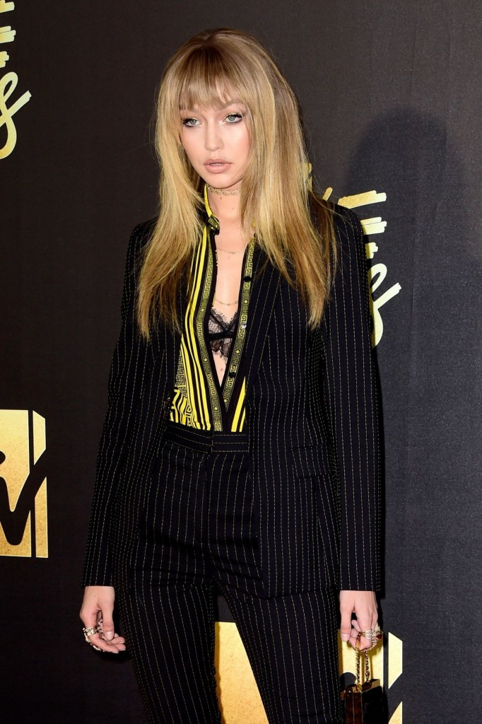 gigi-hadid-2016-mtv-movie-awards-in-burbank-ca-5