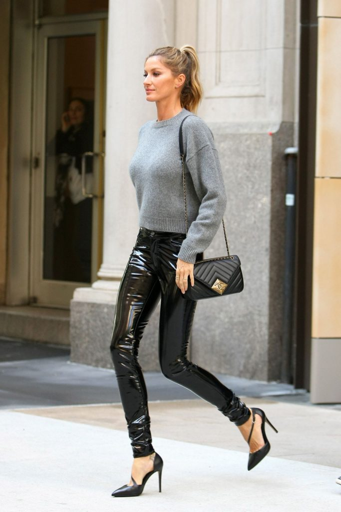 gisele-bundchen-casual-chic-outfit-the-tonight-show-in-new-york-city-4-27-2016-1