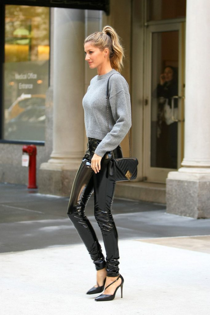 gisele-bundchen-casual-chic-outfit-the-tonight-show-in-new-york-city-4-27-2016-3