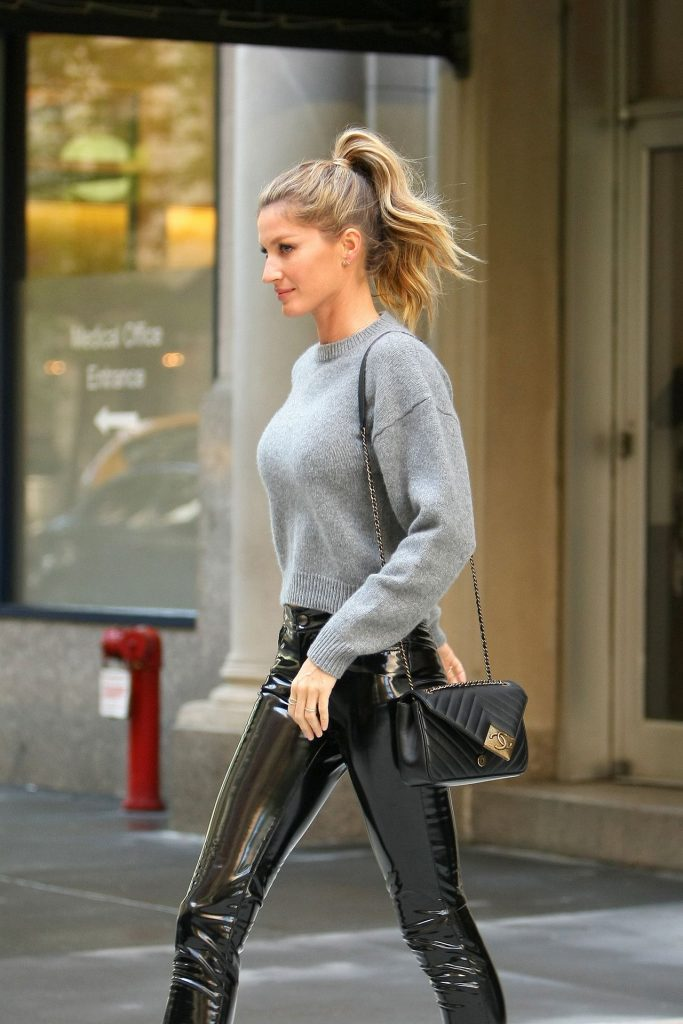 gisele-bundchen-casual-chic-outfit-the-tonight-show-in-new-york-city-4-27-2016-4