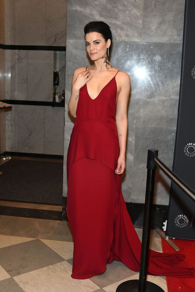 jaimie-alexander-paleylive-ny-an-evening-with-the-cast-creator-of-blindspot-in-new-york-city-9